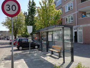 bushalte Driewegplein zomer 2020